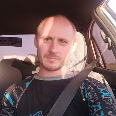 Aleksandr, 36, Novoural'sk