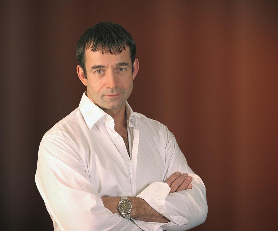 Сегодня день рождения отмечает Певцов Дмитрий Анатольевич.