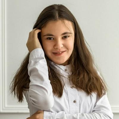 Леся Аверина