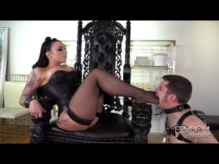 Payton Presley - Ripe Scented Soles [Femdom, Foot Worship, Feet Licking, Chastity, Boot, Stockings]