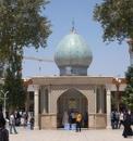 Эта мечеть выглядит совершенно обычной снаружи, но если войти внутрь…
