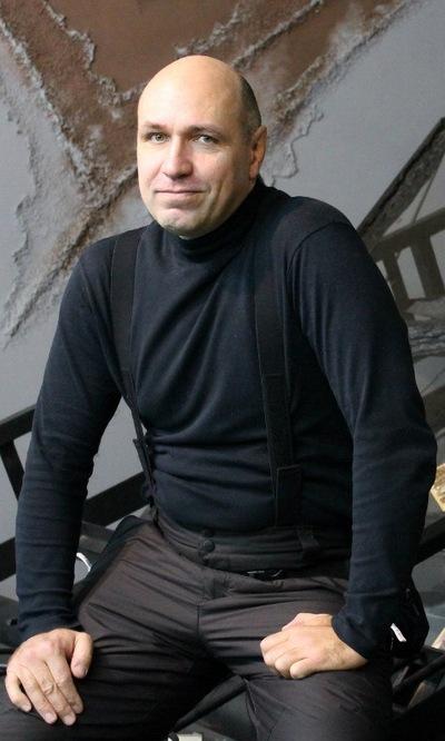 Роман Гусев