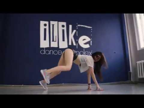 Girl Twerking Booty Shaking Hot Model Big Butt Dancer 18 hot models 470