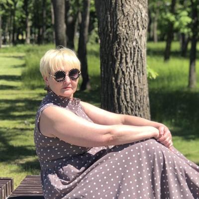 Алена, 55, Novotroitsk