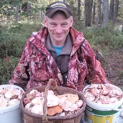 Олег, 44, Ust'-Pinega