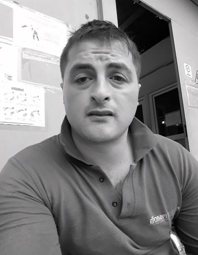 Георгий, 30, Kharkiv
