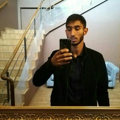 Роман, 21, Valday