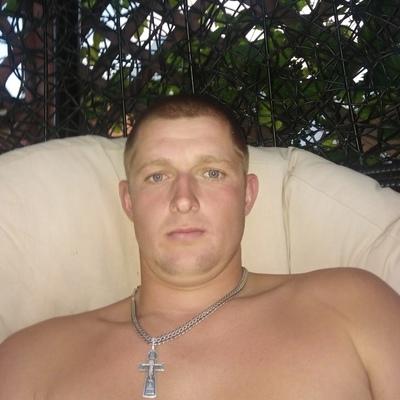 Александр, 25, Alatyr'