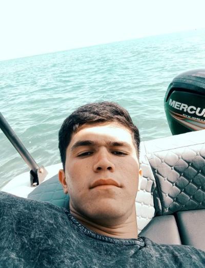 Олимчон, 21, Pinega