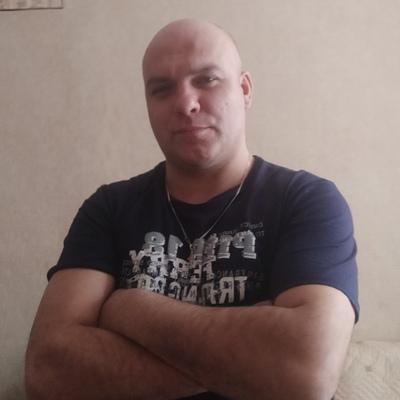Вася, 36, Krasnokamsk